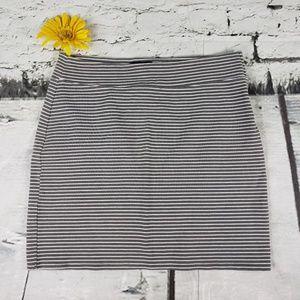 Gap Striped Knit Mini Skirt Gray White M